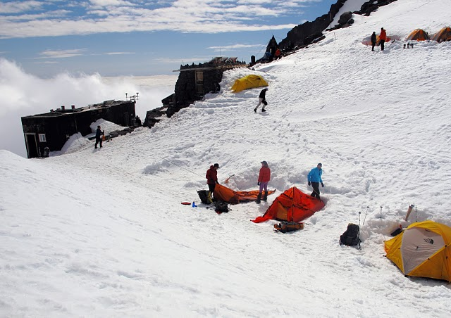 camp, muir, rainier, snow, wind, sky, summit, mountain, mount, washington